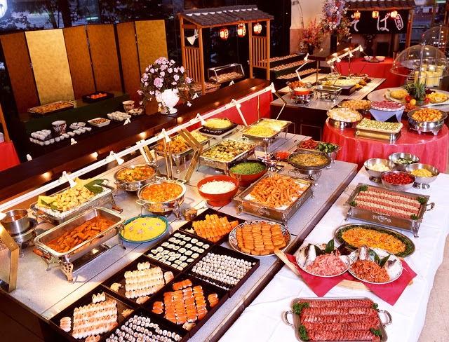Buffet sáng, trưa, tối tại Legend Hotel