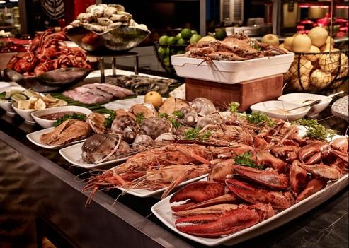 Sofitel Sài Gòn – buffet hải sản