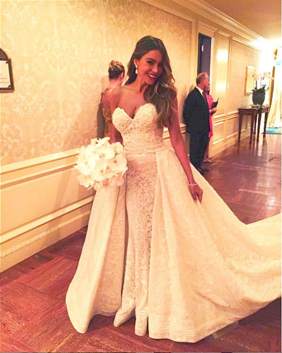 Váy cưới của Zuhair Murad biến các cô gái thành những nàng công chúa.