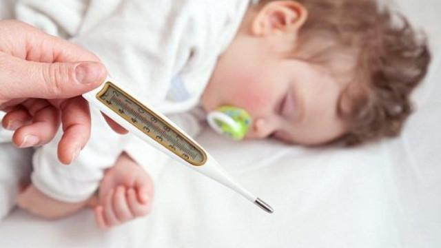 Khi nào cần đưa trẻ đến cơ sở y tế điều trị?