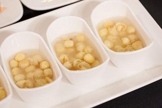 Tìm hiểu các món chè làm từ hạt sen
