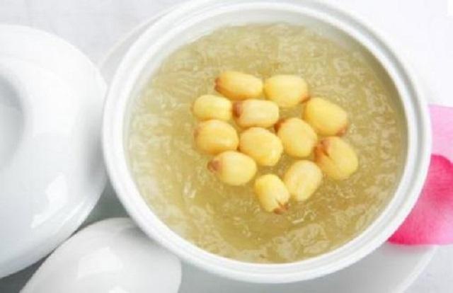 Cách làm chè tổ yến hạt sen