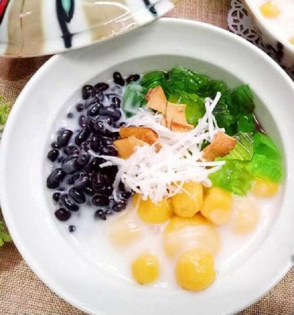 Chè đỗ đen 3 màu: Món ăn từ chè đỗ đen mới lạ ai nhìn cũng thích mê