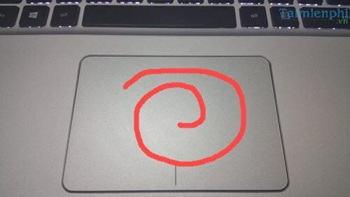 cac-cach-bat-mo-touchpad-tren-laptop