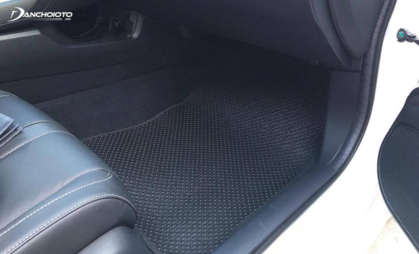 Thảm lót sàn xe ô tô 3D, 4D có khả năng sản sinh khí độc gây ung thư