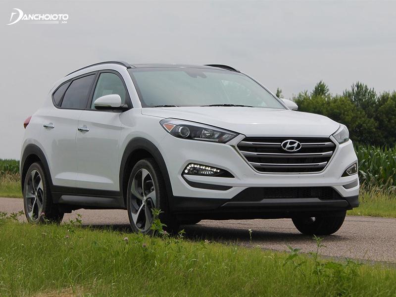Xe Hyundai Tucson 2016 - 2017 là mẫu xe gầm cao 700 triệu cũ đáng tiền